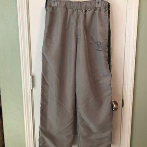 Old Navy Men's windpants medium